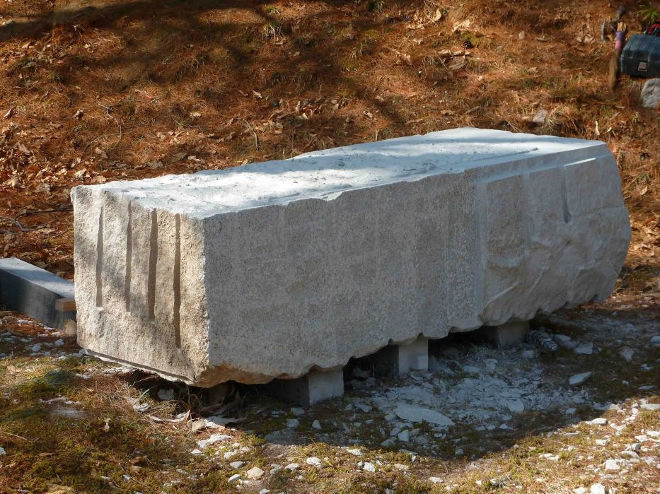 Extremely Large Stone Block : A big bad block of granite no stone unturned